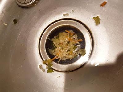 廚餘倒水槽